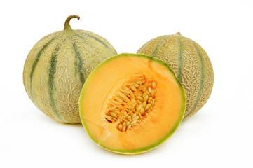 deux melons et un demi fond blanc 2