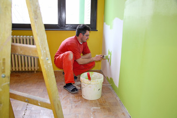 Painting walls, interior decoration