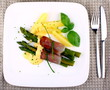 Green asparagus with ham, potato and sauce