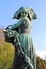 Statue Gaenseliesel - Strasbourg