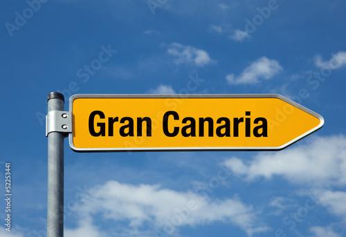 Pfeil mit blauem Himmel GRAN CANARIA