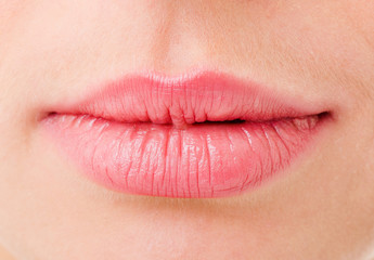 Women's lips are very close