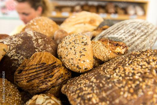 brotauswahl in der bäckerei