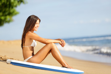 Beach lifestyle people - woman enjoying summer