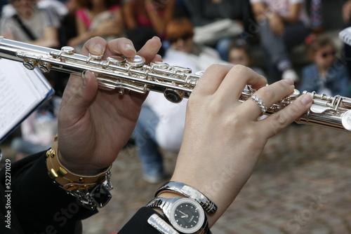 dita sul clarinetto