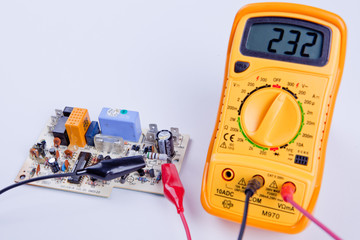 Digital multimeter with board