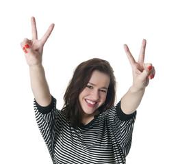 Frau zeigt victory-Zeichen