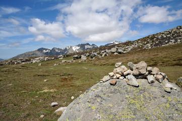 cairn sur rocher- Corse