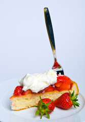 strawberry- cake with whipping cream