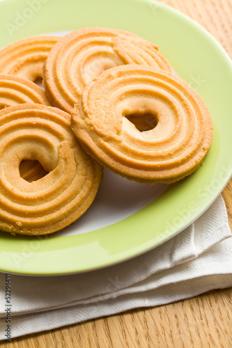 sweet ring biscuit
