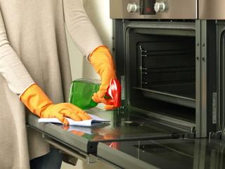 Oven polishing