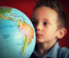 boy world globe