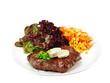 rindersteak mit salat und kräuterbutter
