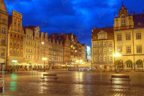 Wroclaw night market before the storm
