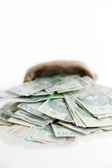 pieniądze na wyciągnięcie ręki