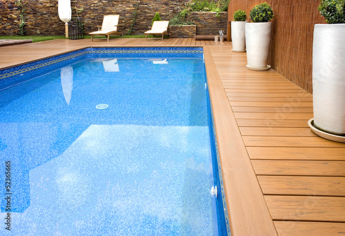 canvas print picture BLUE SWIMMING POOL WITH WOOD FLOORING-PISCINA MADERA COLOR