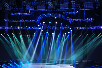 Vector Stage Spotlight with Laser rays