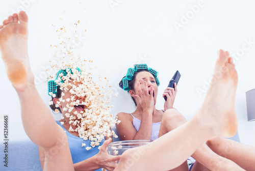 Friends with exploding popcorn
