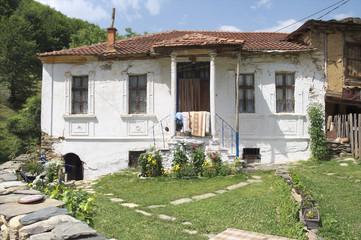 White House Maloviste - Republic Of Macedonia