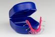 Zahnspange mit Zahnspangendose