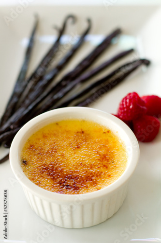 Creme Brulee with Vanilla beans vertical
