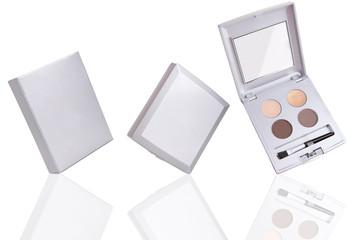 Eyeshadow palette with packaging