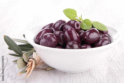 bowl of olive