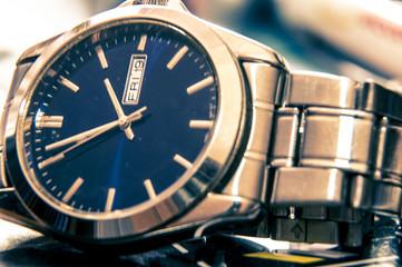 Elegant wristwatch