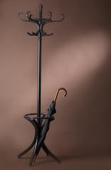 standing peg with umbrella