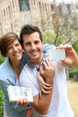 Couple with visitor pass in Barcelona