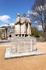 Soldatendenkmal vor dem Schloss in Bad Pyrmont, Deutschland