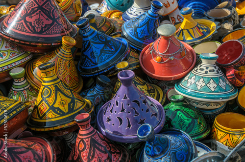 Spoed canvasdoek 2cm dik Marokko Tajines in the market, Morocco