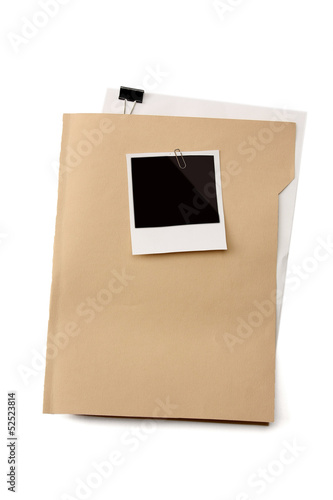 File folder with blank label for text