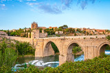 Fototapety Panorama of famous Toledo bridge in Spain, Europe.