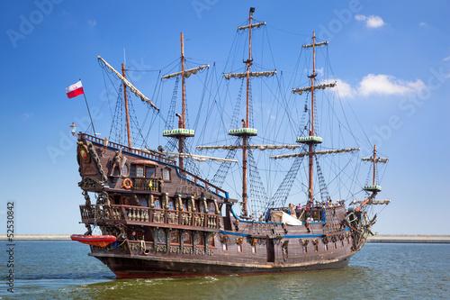 Leinwanddruck Bild Pirate galleon ship on the water of Baltic Sea in Gdynia, Poland