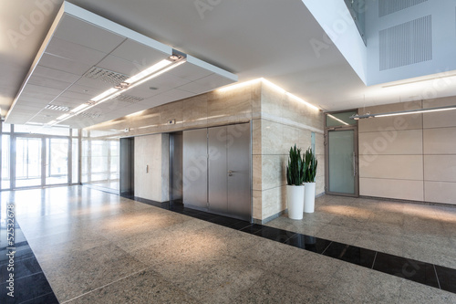 Corridor in business centre - 52532678