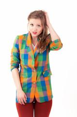 девушка в цветастом пиджаке