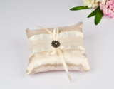 Beautiful pillow for wedding rings
