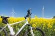 e-bike, pedelec, windrad, raps, öko - 52571239