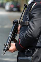 Forze dell'ordine carabiniere - foto ©Yuri Laudadio