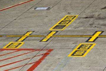 Marking on taxiway - Aircraft stands