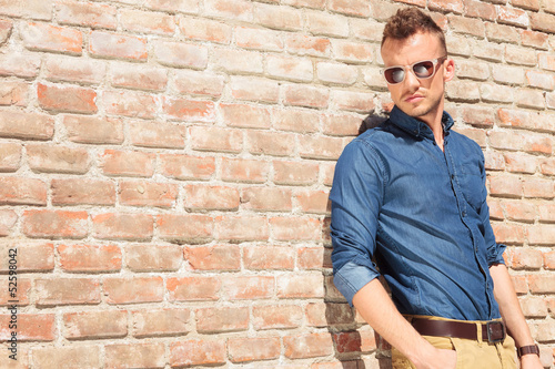 casual man hand in pocket