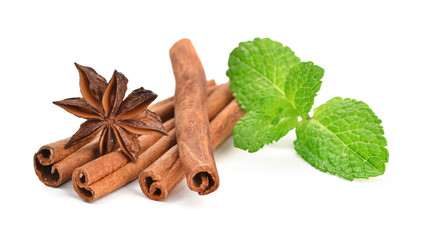 Sticks of cinnamon with mint and anise