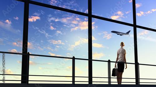 Foto op Aluminium Luchthaven Businesswoman at airport