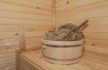 Веник для сауны в деревянной кадке, сауна, баня