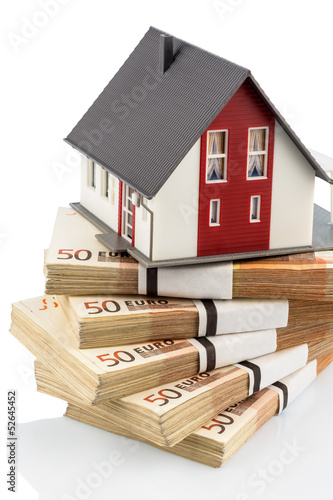 house on euro banknotes