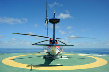 The helicopter on the helideck
