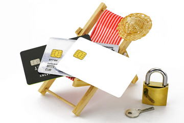 kreditkarten auf liegestuhl
