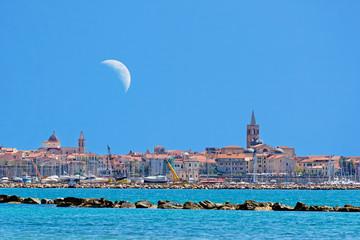 Alghero and moon
