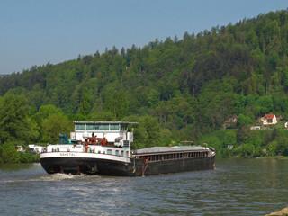 Schiff auf dem Neckar  Eberbach